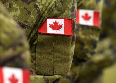 Les Saintes Écritures à l'intention des membres des Forces canadiennes